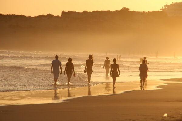 E' vero che correre e camminare sulla sabbia fa bene alle gambe?